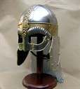 ah6770_Viking_wolf_helmet_edit